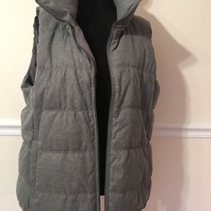 VEST SIZE XL WOMEN BY OLD NAVY